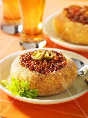 Bread stuffed with chilli con carne