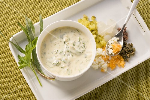 Remoulade with pearl onions and egg