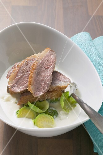 Duck breast with pear and Gorgonzola sauce