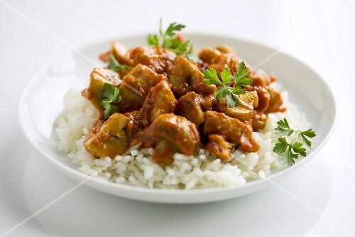 Chicken and mushroom ragout on rice