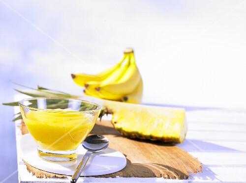 Cold-stirred pineapple and banana jam