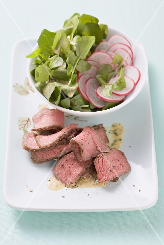 Argentinian steak salad