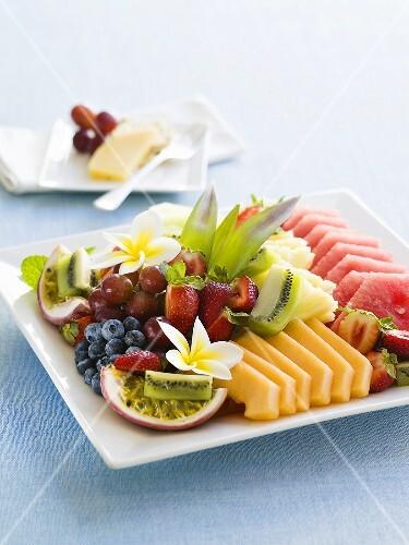 Mixed fruit on a platter