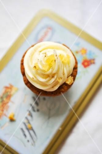 A lemon and ginger cupcake