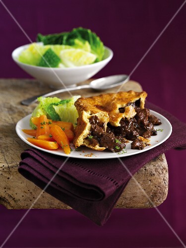 A meat pie with vegetables