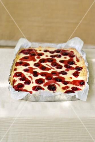 Blackberry and semolina tray bake cake