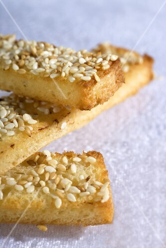 Mouillettes (toasted bread) with sesame