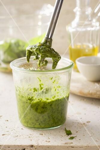Pesto with a hand mixer