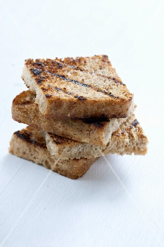 Quartered toast (stacked)