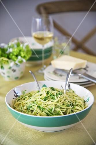Spaghetti with watercress pesto
