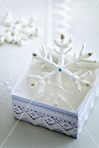 Schneestern (Weihnachtsgebäck)