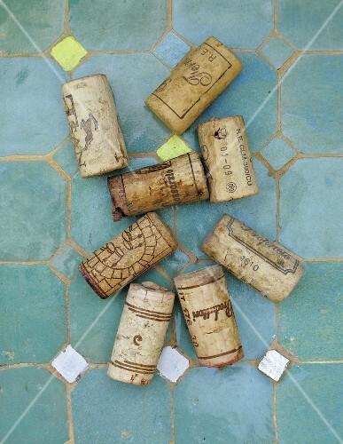 8 corks