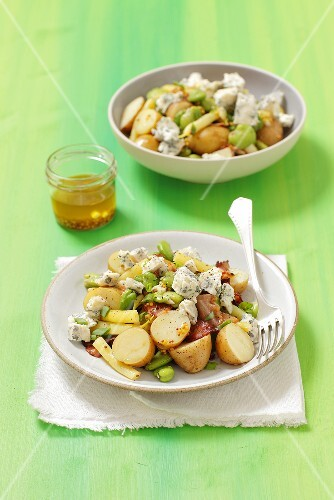 Potato salad with broad beans, pancetta and blue cheese