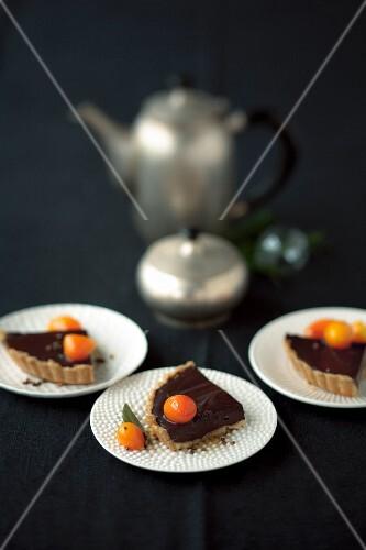 Schokoladenkuchen mit Kumquats zu Weihnachten