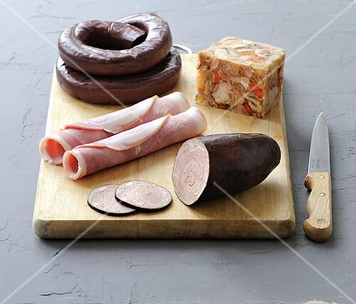 Breton cold cuts on a chopping board