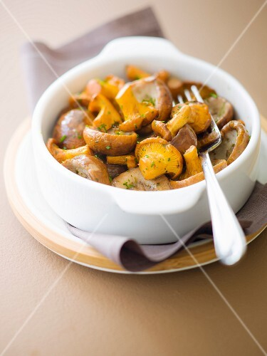 Mixed mushrooms with chopped parsley
