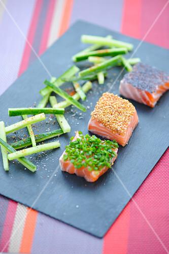 Three-flavored marinated salmon squares