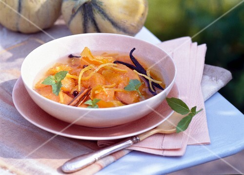 Stewed melon with spices and vanilla