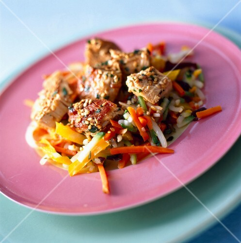 Stir fried chicken with beansprouts
