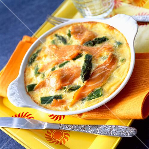 Salmon and asparagus baked flan