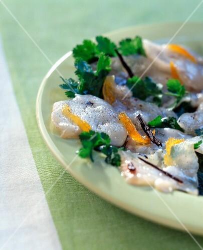 Vanilla marinated scallops