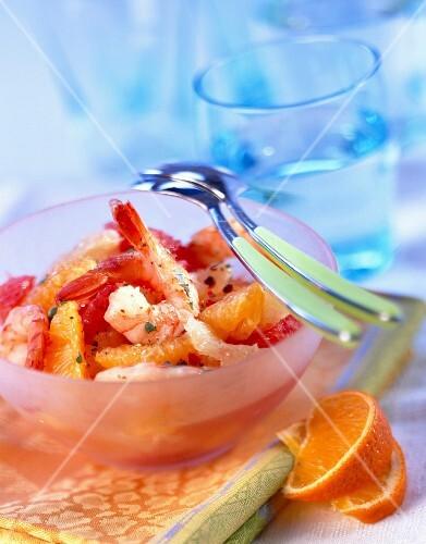 Grapefruit and prawn salad