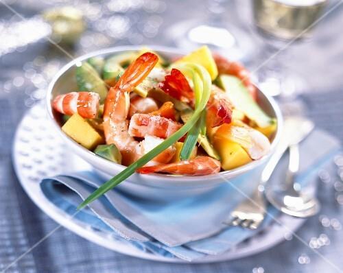 Exotic prawn salad