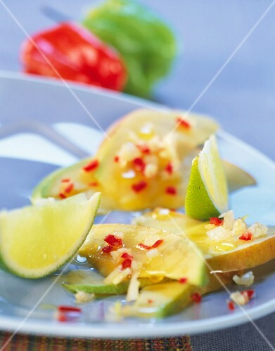 Pear and lime fruit salad with pimento