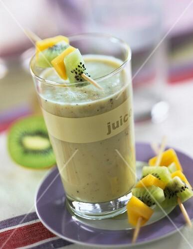 Kiwi and mango milkshake