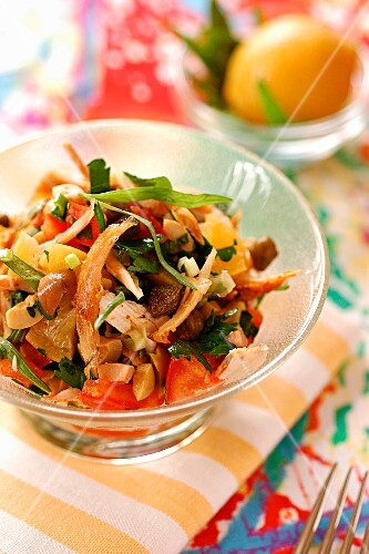 Salad with chicken and preserved lemon