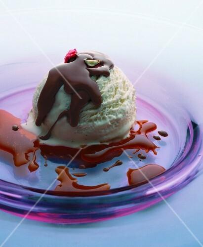 Fudge ice cream
