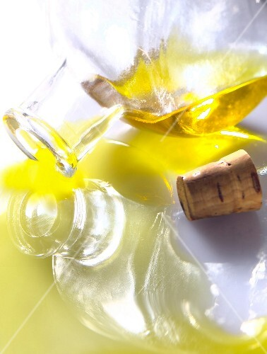 Olive oil (Topic : olive oil cooking)