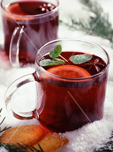 Mulled wine with orange and cinnamon