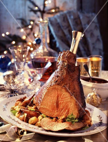 Roast haunch ot baby boar with pan-fried christmas vegetables (topic: christmas cooking)