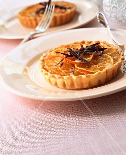 Individual clementine tarts