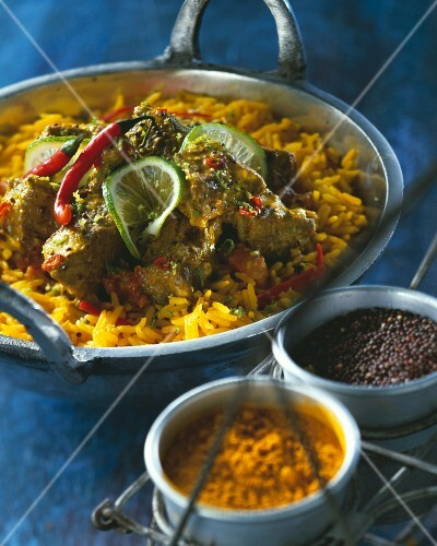 Beef curry with ginger and peppers
