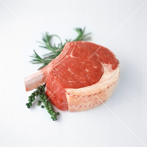Raw rib of beef
