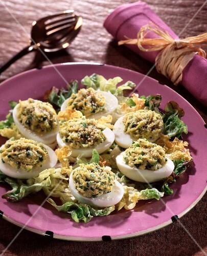 Stuffed hard-boiled eggs
