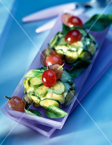 Cheese dome with courgettes