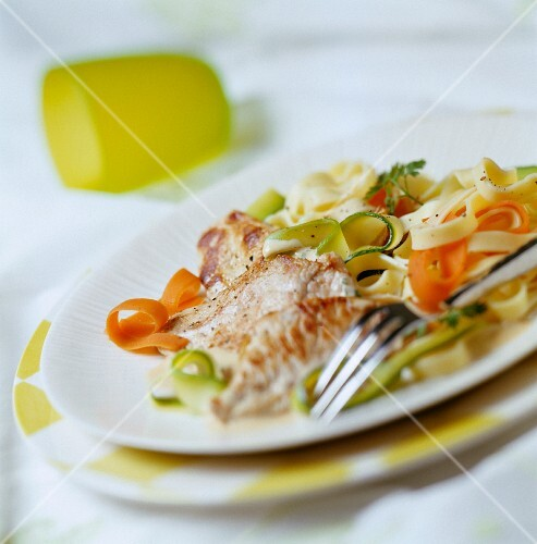 Picatta escalope of veal with mixed tagliatelle and vegetables