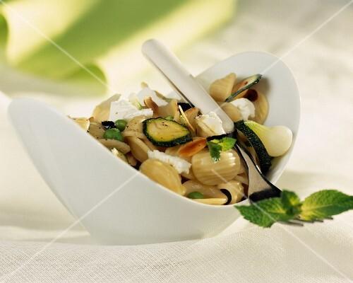 Conchiglioni pasta and courgette salad