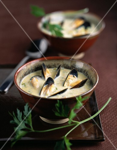 Mussel and leek nage soup