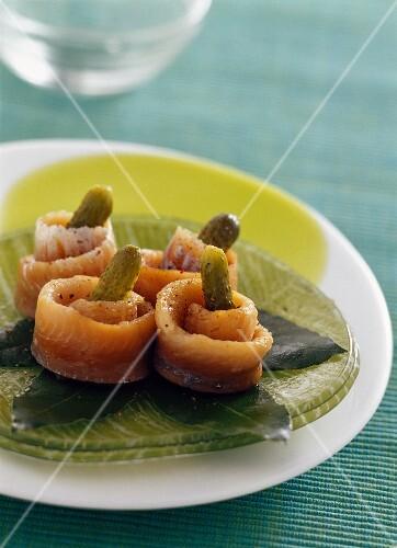 Stuffed herrings in red wine