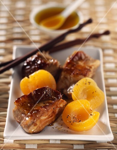 spare ribs with roast apricots and orange blossom honey