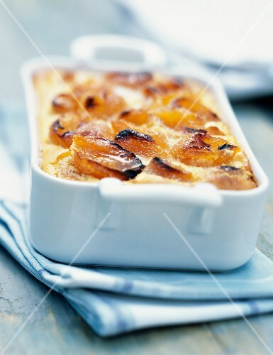 Apricot clafoutis batter pudding