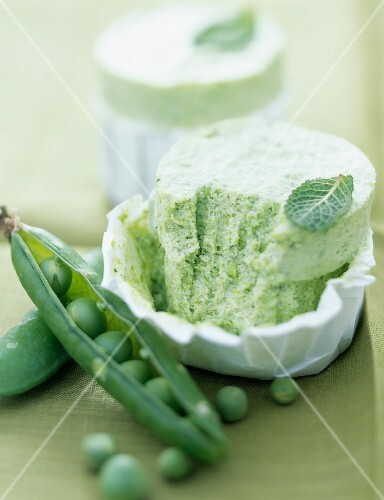 Pea and mint soufflé