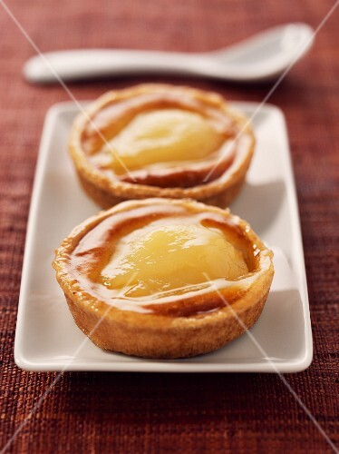 pear and almond cream tartlets