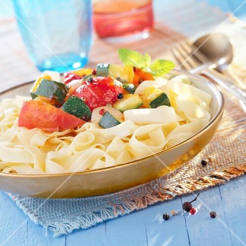 pasta with pepper chutney