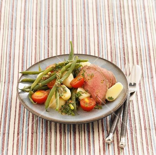 Cold beef salad