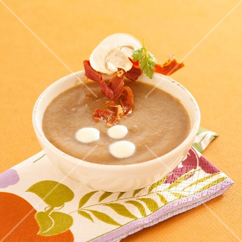Cream of mushroom soup with crispy ham